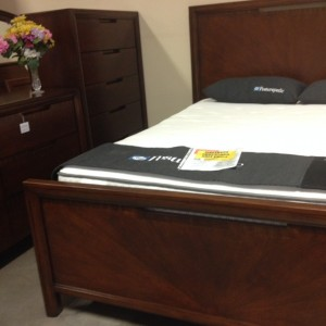 570 Footboard with Grain & Case Goods
