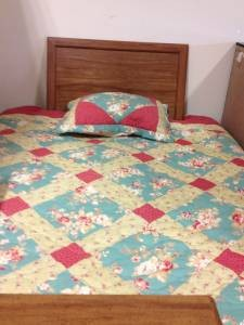 2000 Bed